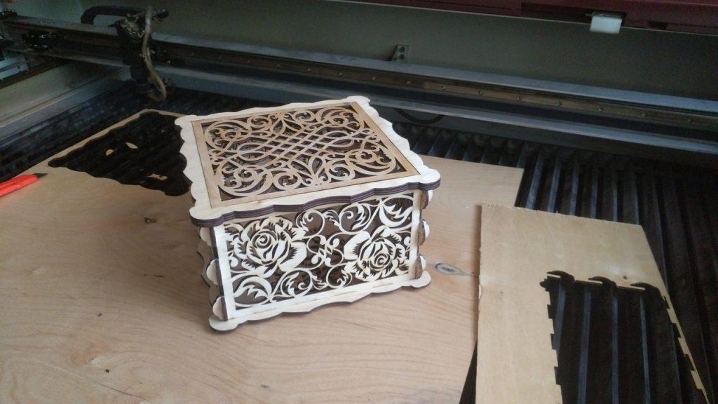 Free laser cut box  laser cut files download