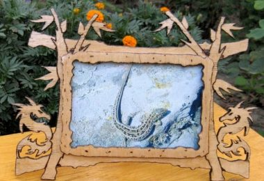 dragon photo frame